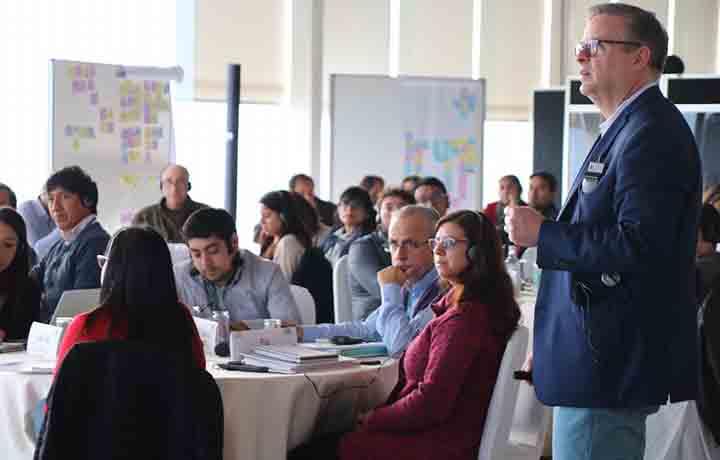 Luksic Scholars: Babson College capacitará a 50 doc...